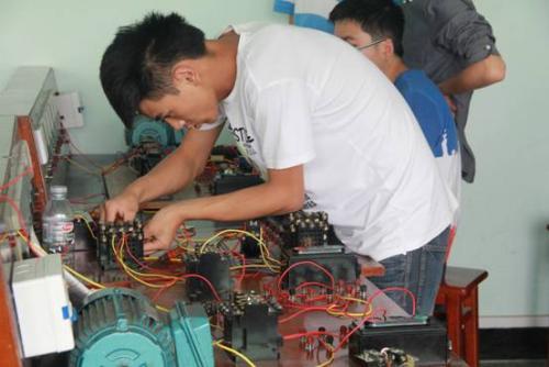 高级电工班