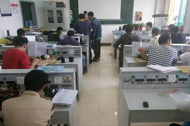 濮阳电工学校